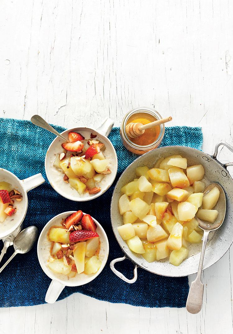 Stewed apple & pears with protein porridge