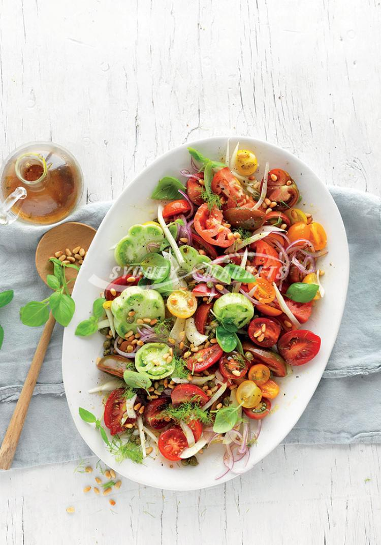 Country-style tomato & fennel salad