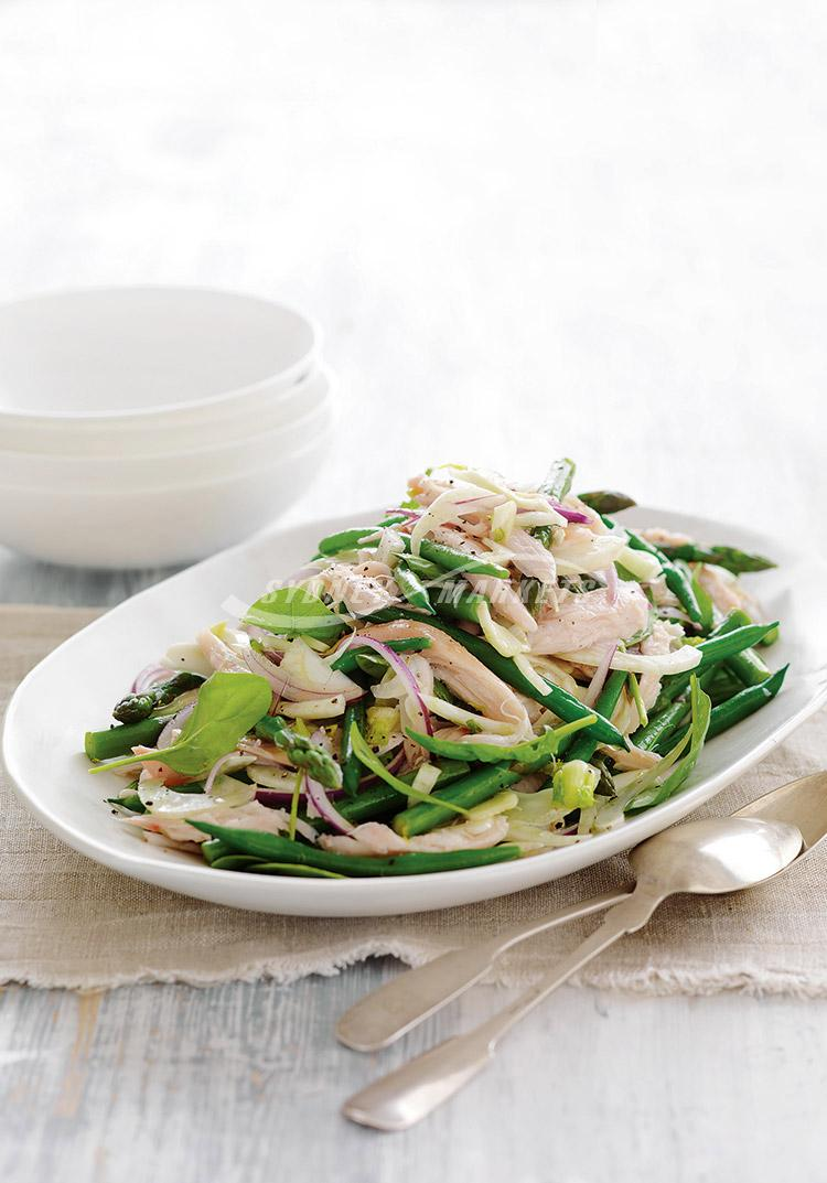Bean, asparagus, fennel & smoked chicken salad