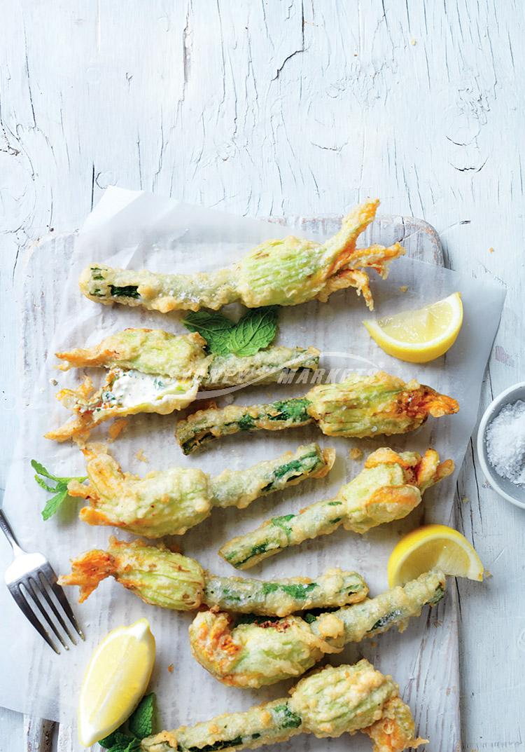 Crispy zucchini flowers with lemon & mint filling