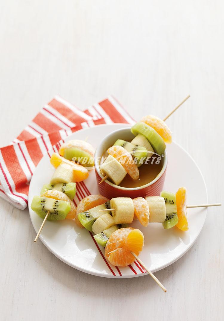 Fruit skewers with butterscotch dip