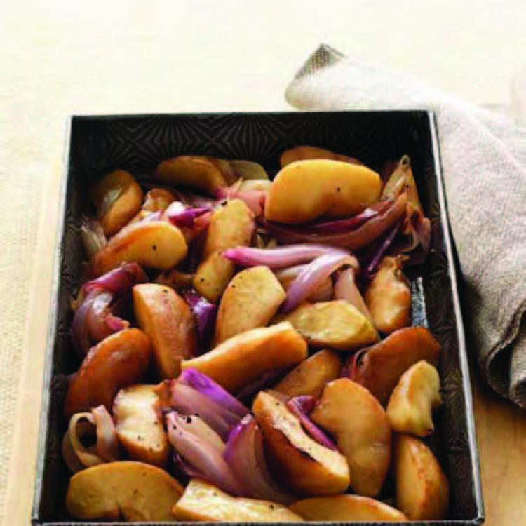 Roast balsamic apples & red onions